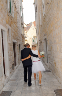 I had an amazing experience with my own destination wedding at Hvar in Croatia. I would always work hard for our clients so they can say the same!