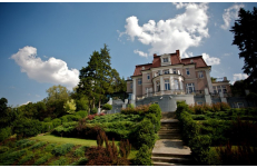 Wedding in Prague Art Deco Villa Libechov