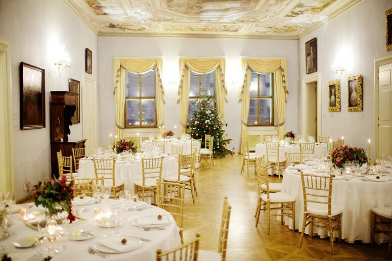 Wedding in Prague Glamorous new years eve