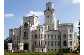 Wedding in Prague Romantic Castles - Hluboka Castle